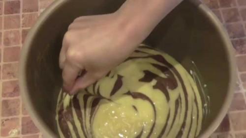 Мраморный бисквит вмультиварке