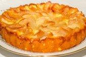 Домашний яблочный пирог из песочного теста
