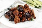 Готовим в мультиварке вкусное и полезное мясо с черносливом