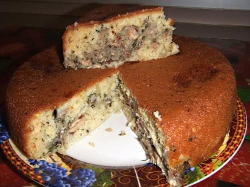 Пирог с рыбной консрвой в мультиварке