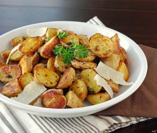 Картофель в мундире жареный в мультиварке