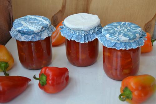 Перец в томатном соку на зиму в мультиварке